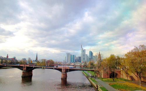Un paseo por Frankfurt entre vuelo y vuelo