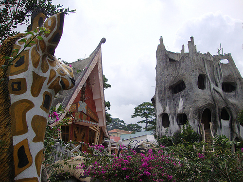 The Crazy House, el hotel árbol