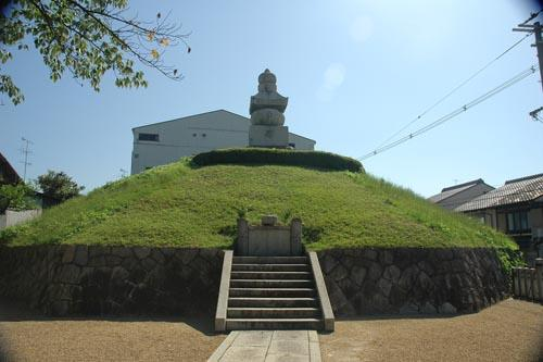 japon tumbas
