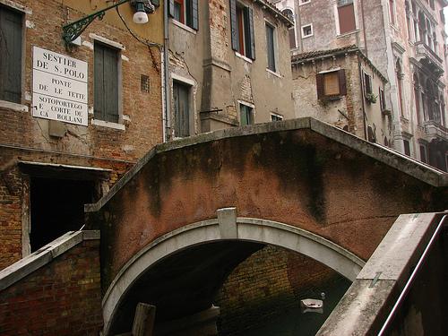 El puente de la teta de Venecia
