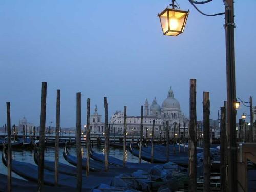 En recuerdo de Venecia, en video