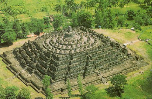 Borobudur, el templo budista mas grande del mundo