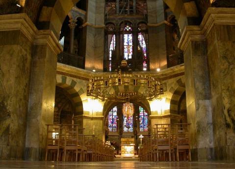Capilla palatina de Aquisgran interior