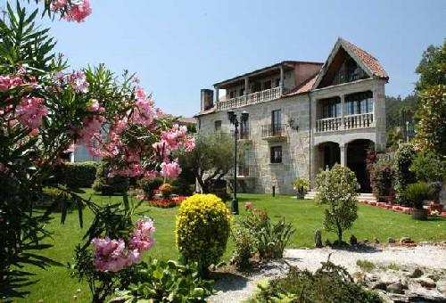 A casa antiga do monte en padron - Galicia casas rurales con encanto ...