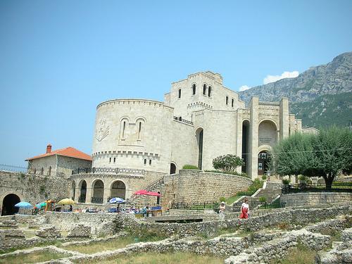El Castillo de Kruja y su museo, en Albania