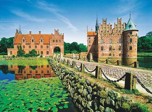 Egeskov, el castillo danés sobre el agua
