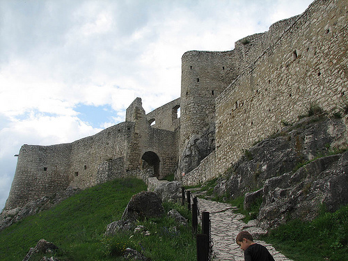 castillo spis 2