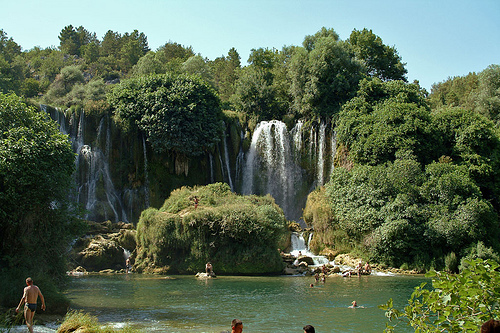 Cataratas Kravica, una joya en Bosnia Herzegovina
