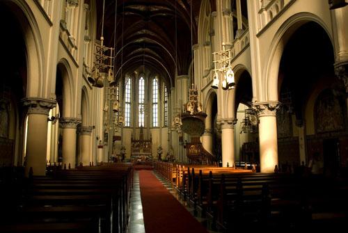 catedral-de-yakarta-2