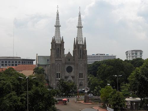Catedral de Yakarta, cristianismo en Indonesia