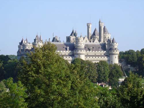 El Castillo de Pierrefonds, muy cerca de París