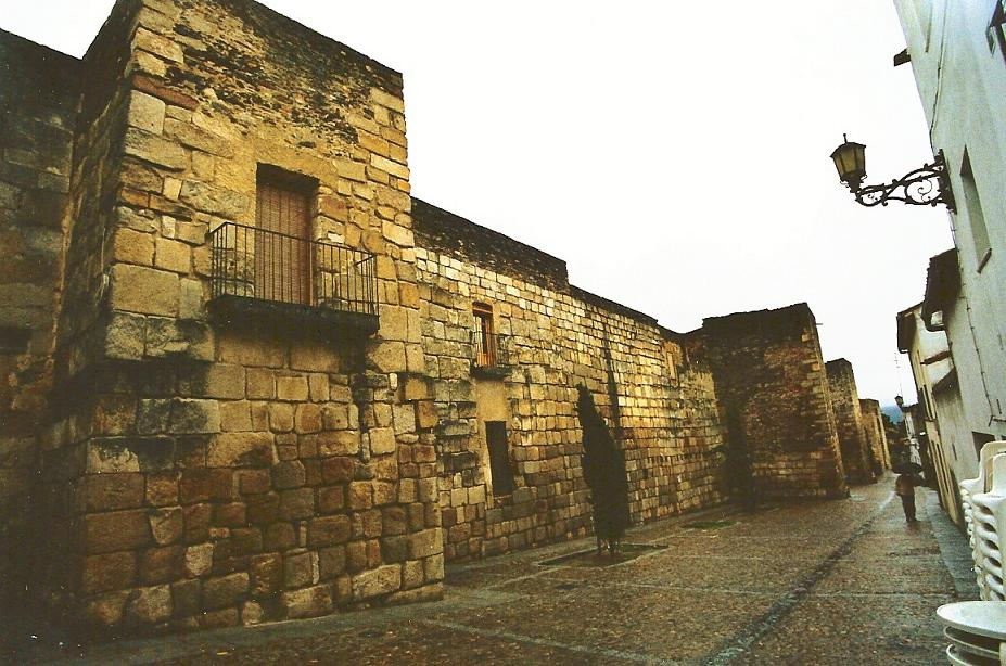 Coria, las murallas de Extremadura