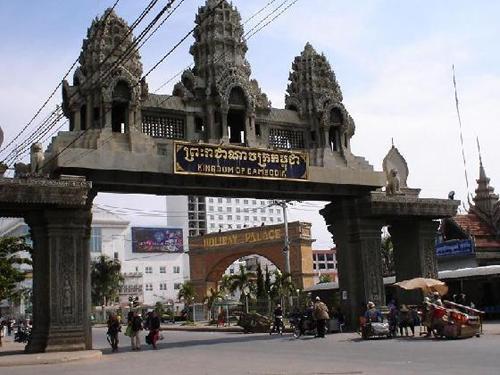 cruce frontera camboya vietnam