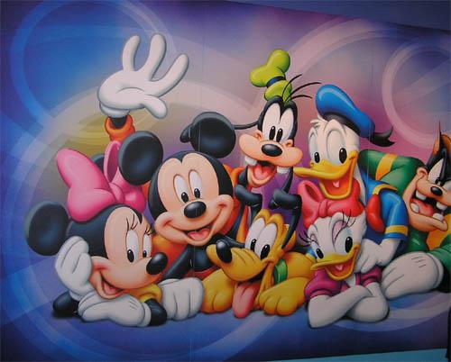 Seguro que todos los personajes de Disney están deseando verte…