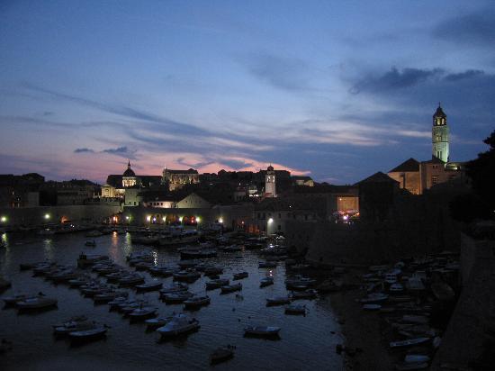 Dubrovnik de noche