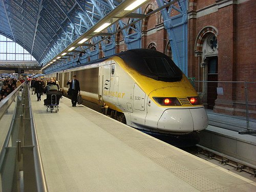 Viaje de novios, trenes por Europa