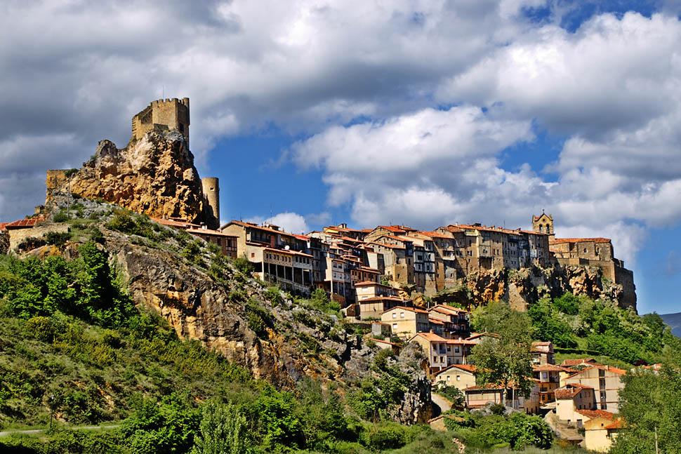 Frías, la ciudad más pequeña de España