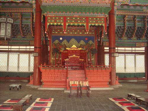 palacio trono gyeongbokgung en Seul