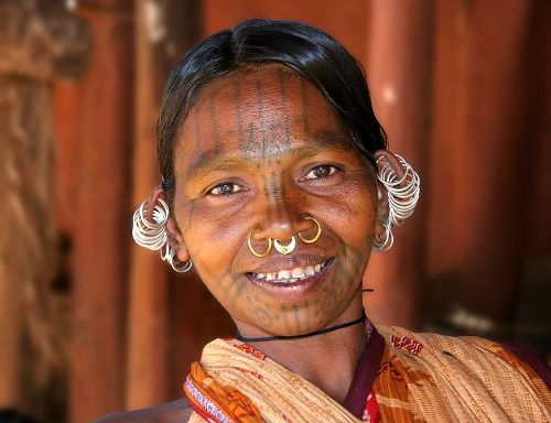 Mujer de tribu kondh