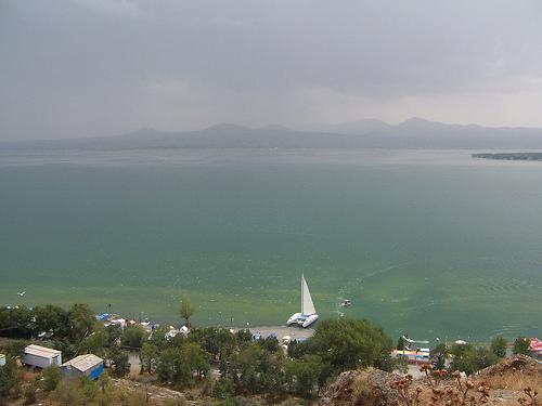 El Lago Sevan, excursión desde Yerevan
