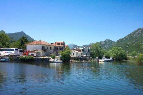 Historia y naturaleza en el Lago Skadar, en Montenegro