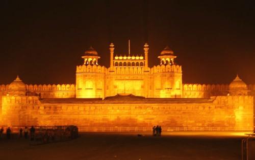 Fuerte Rojo de noche, Delhi