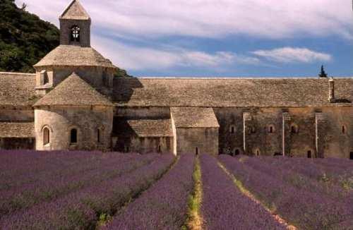 Viaje a Francia, de Nestor Lujan