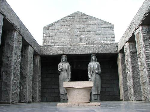 lovcen mausoleo