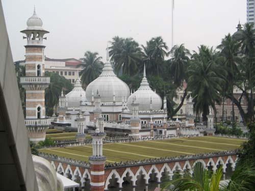 La mezquita Masjid Jamek, en Kuala Lampur