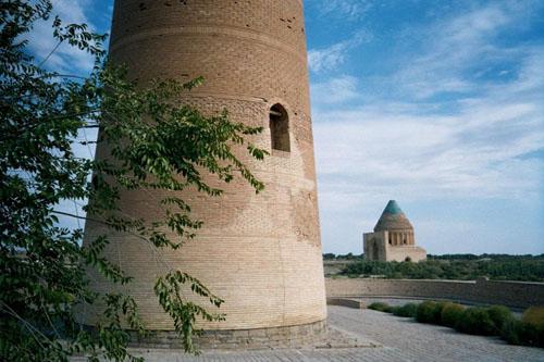 minarete-de-kutlug-timur