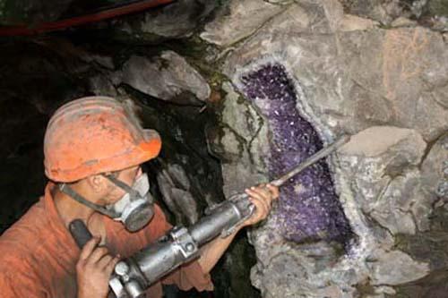 Minas de Wanda, piedras preciosas en Argentina