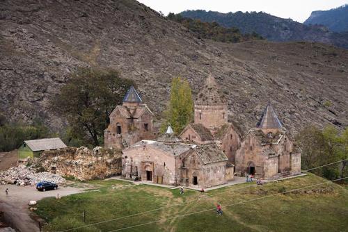 monasterio-goshavank