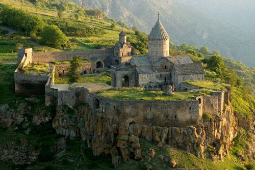 monasterio-tatev