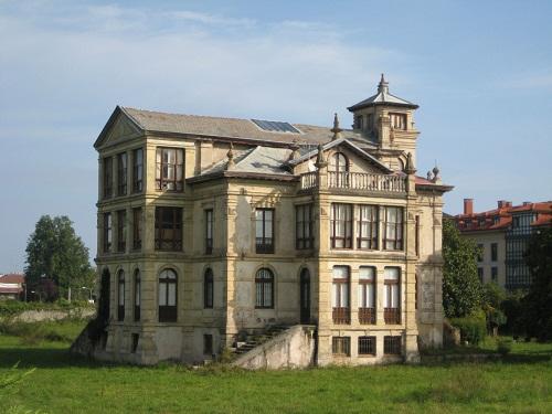 El Orfanato en Llanes, Asturias