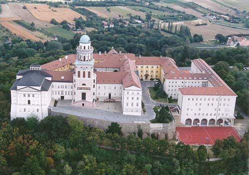 Pannonhalma, una vieja abadía en Hungría