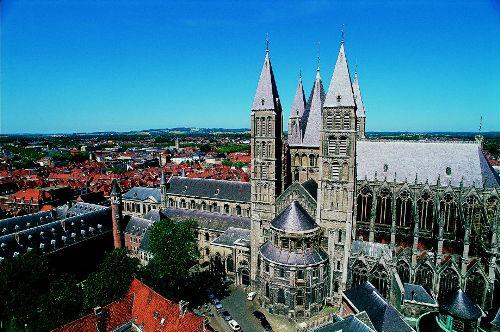 La Catedral de Tournai, en Belgica