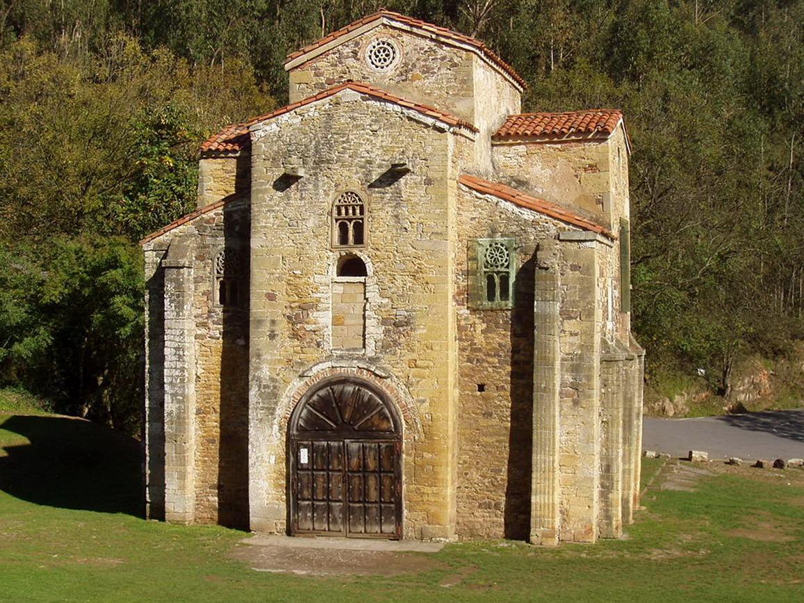 Oviedo: Monte Naranco sembrado de Arte Prerromanico