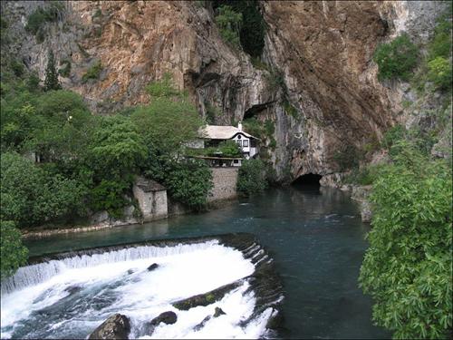 La fuente del Buna, en Bosnia Herzegovina