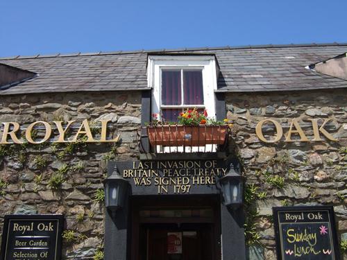 Royal Oak. Fishguard