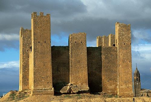 Las Cinco Villas, tierra de castillos