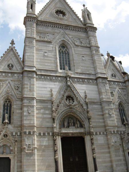La Catedral de Napoles y el milagro de San Gennaro