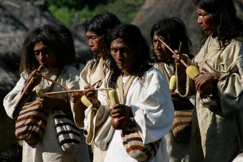 Grupo de nativos Kogui