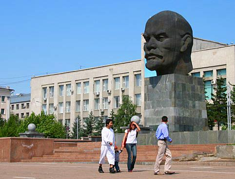 Enorme cabeza de Lenin en Ulan Ude