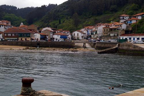 Villa marinera de Tazones, la belleza de un pueblo de mar y montaña