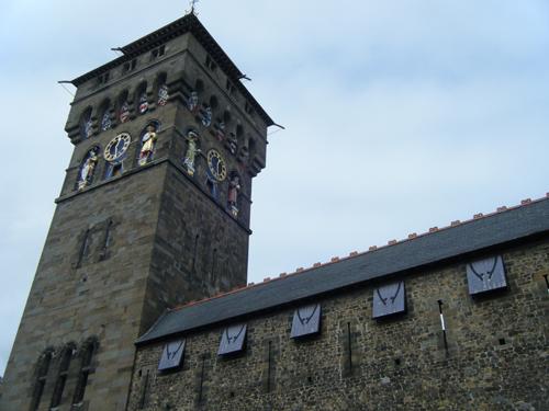 Torre del reloj en Cardiff