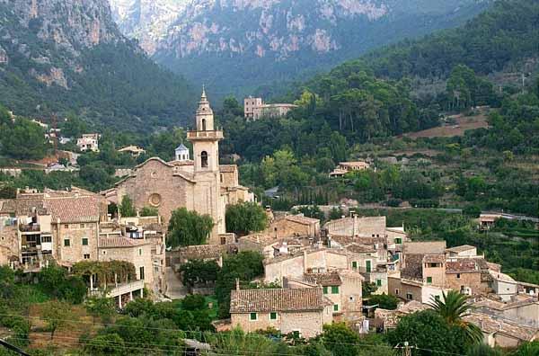 Valldemossa, un sueño de piedras en Mallorca