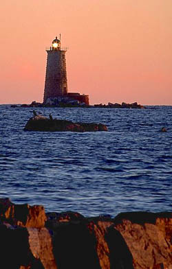 Faro en Maine, Whale